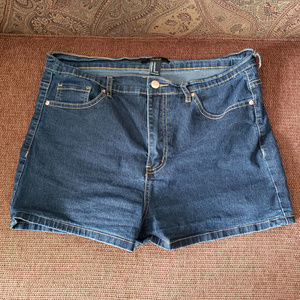 Forever 21 Jean Shorts Size 31 Women